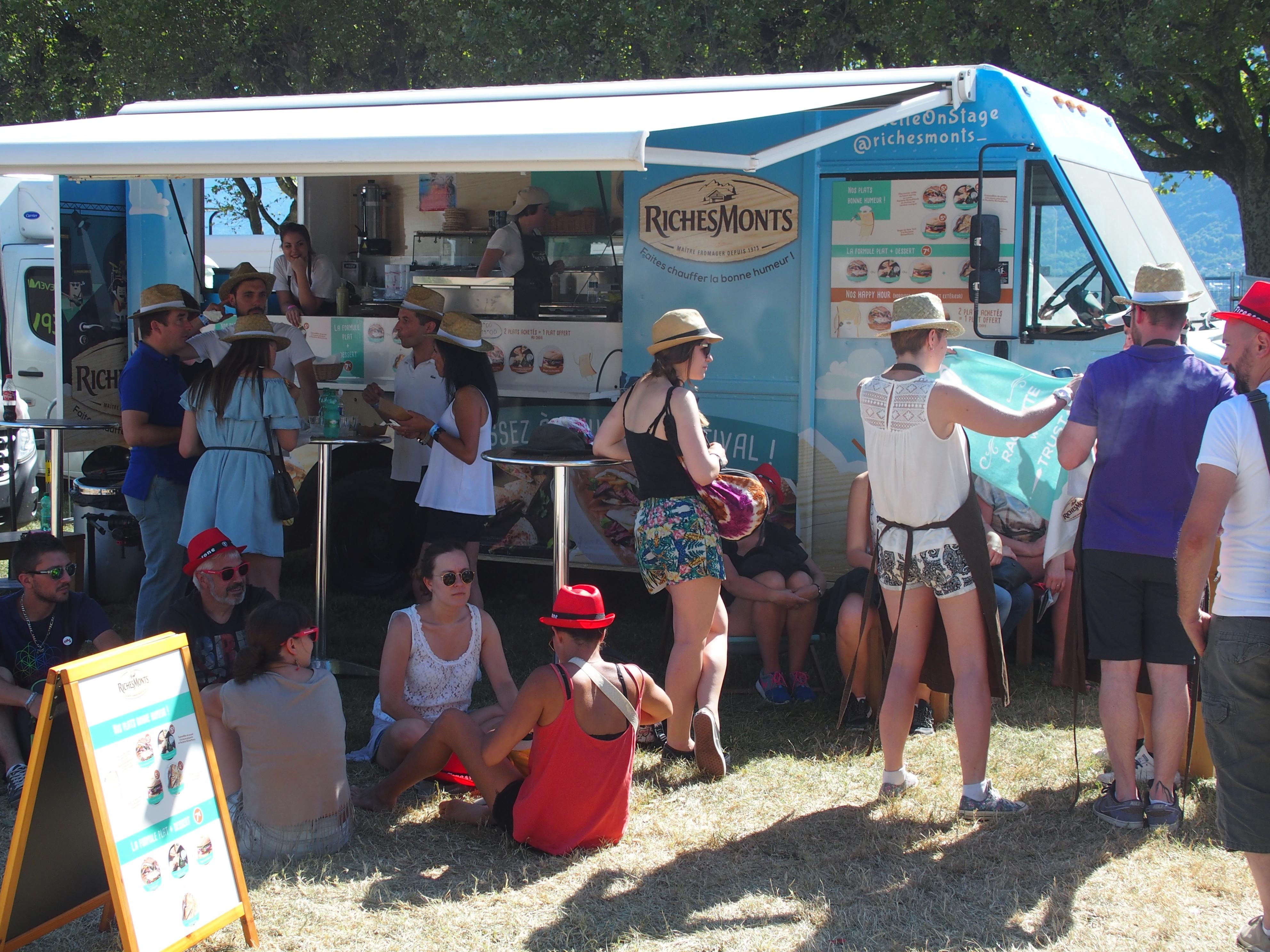 Passez à l'humeur Festival avec RichesMonts