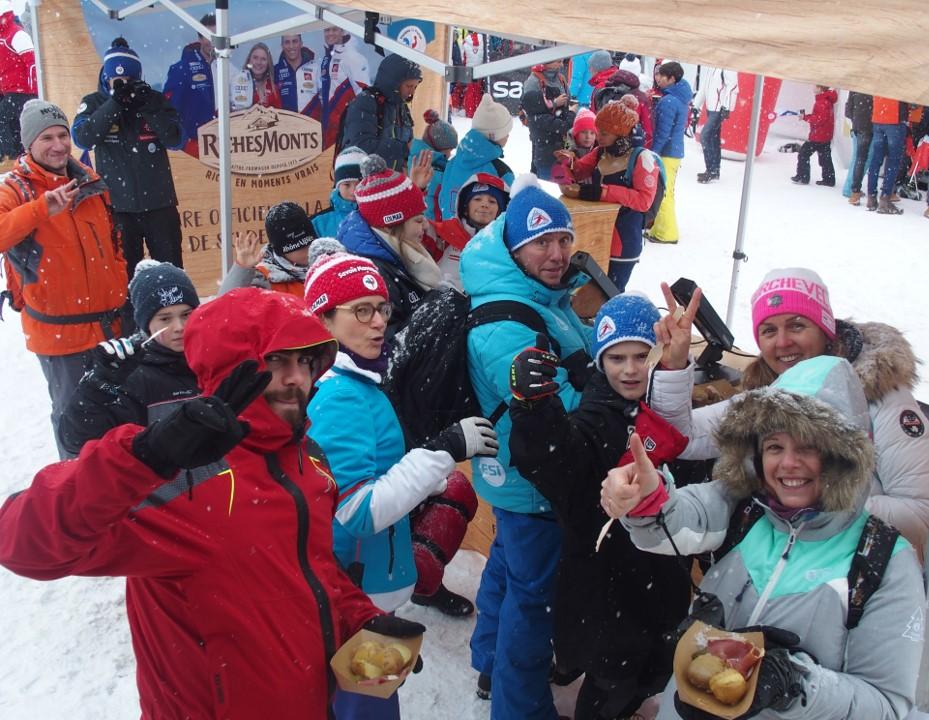 Le Foodtruck RichesMonts en tournée dans les stations de ski